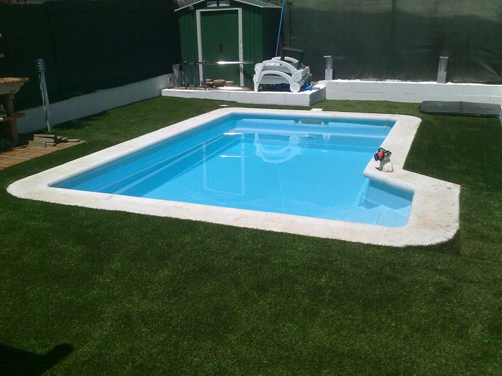 Como hacer tu propia piscina top el agua de la piscina for Como hacer tu propia alberca